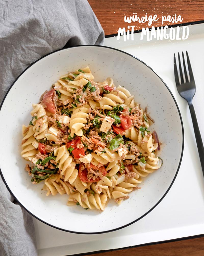 Mangold-Pasta mit Feta und Tomaten