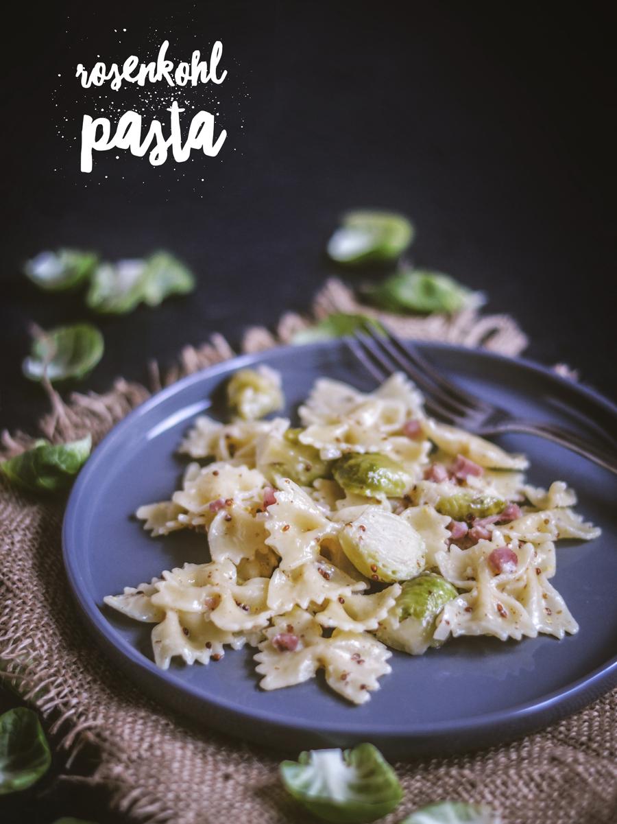 Rezept Rosenkohl-Pasta in Sahne-Senf-Soße mit Speck