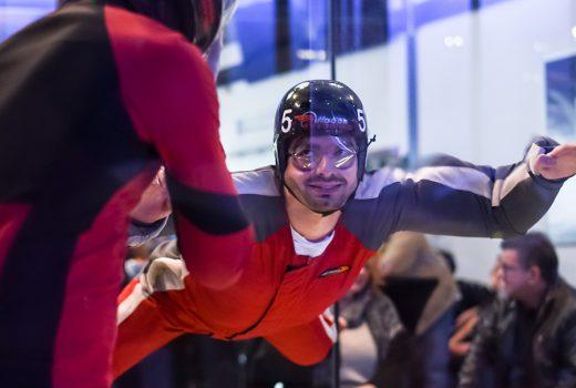 Adrenalin beim Indoor Skydiving in Bottrop, dem Ausflugstipp fürs Ruhrgebiet