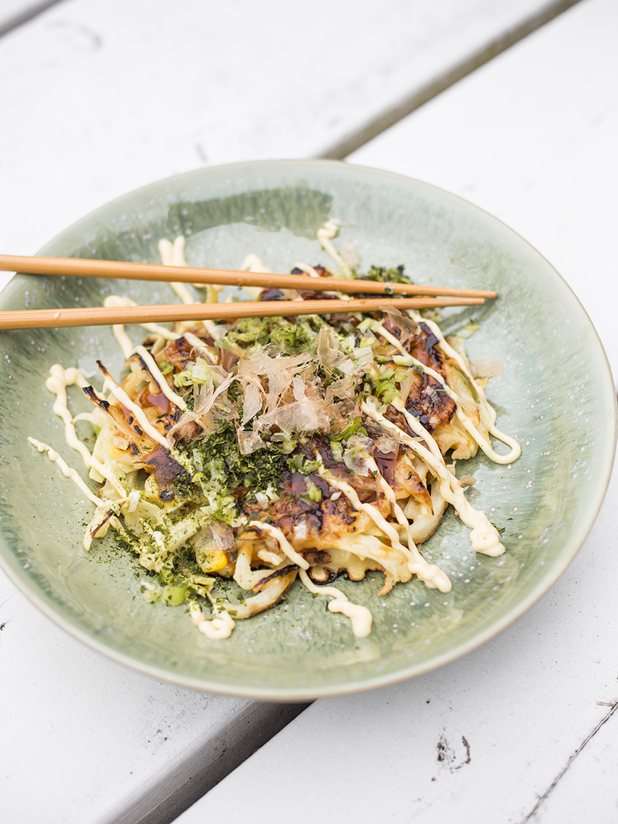 "Rezept für Okonomiyaki von Kerstin Niehoff aus dem Buch ""Eat more of what makes you happy"""