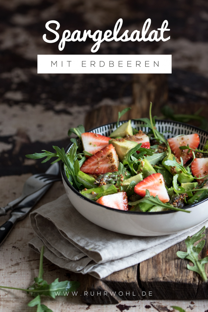 Rezept Spargelsalat mit Erdbeeren und Rucola #spargel #erdbeeren #rucola #spargelrezepte #grünerspargel #healthyshit