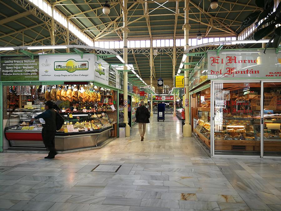 Markthalle in Oviedo, Asturien, Spanien